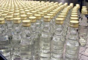 Бутылки с паленой водкой