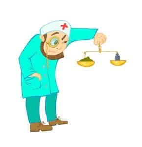 Доктор вымеряет дозировку лекарственного препарата