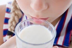 Употребление молока при отравлении