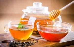 Мед c чаем при отравлении