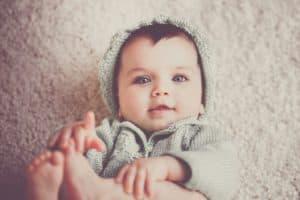 Младенец в возрасте до года